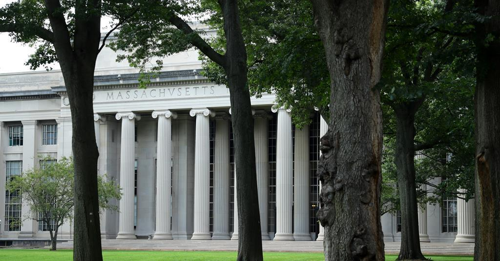 MIT nanotechnologist arrested for hiding his ties to China
