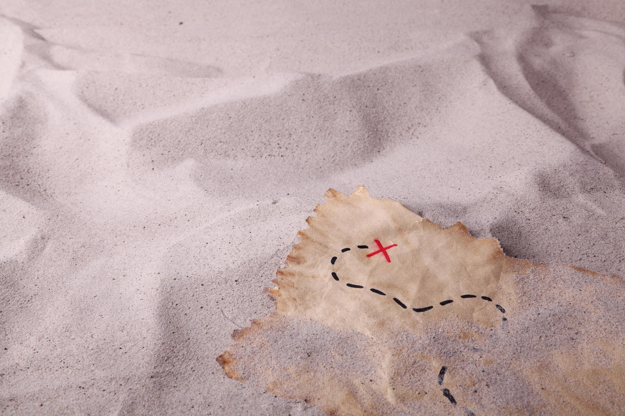 Algorithm tracks down buried treasure among existing compounds