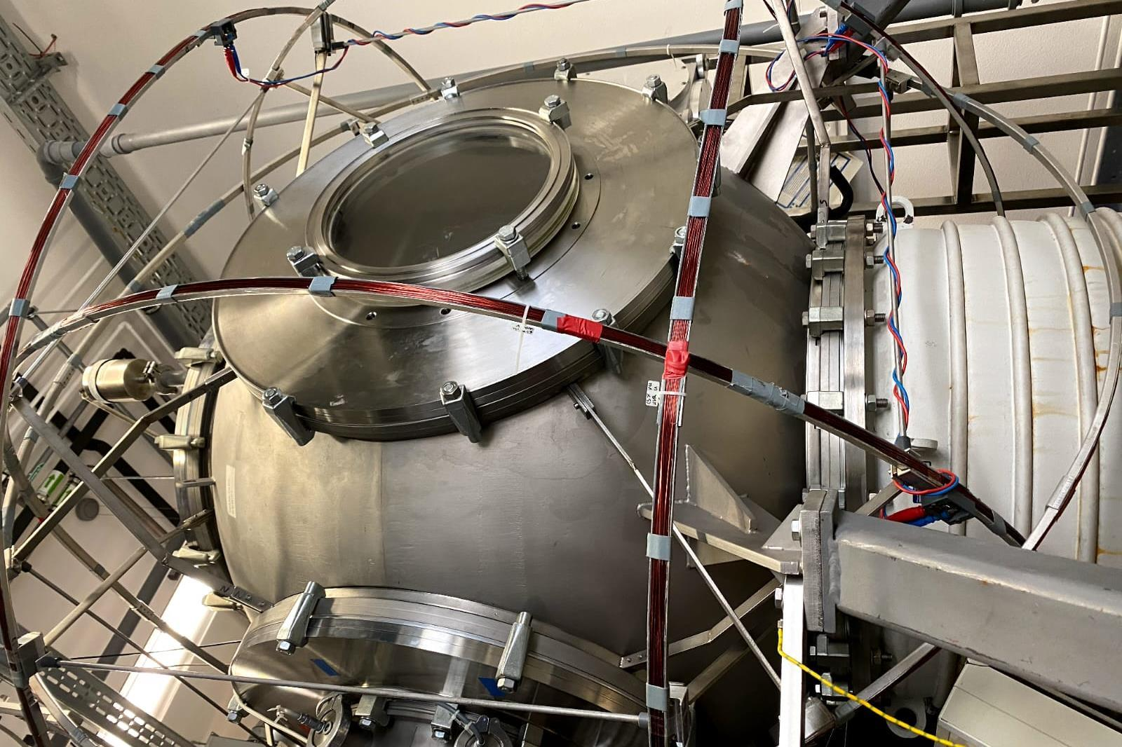 Serendipitous experiment on xenon complex reveals insights into rare gas interaction