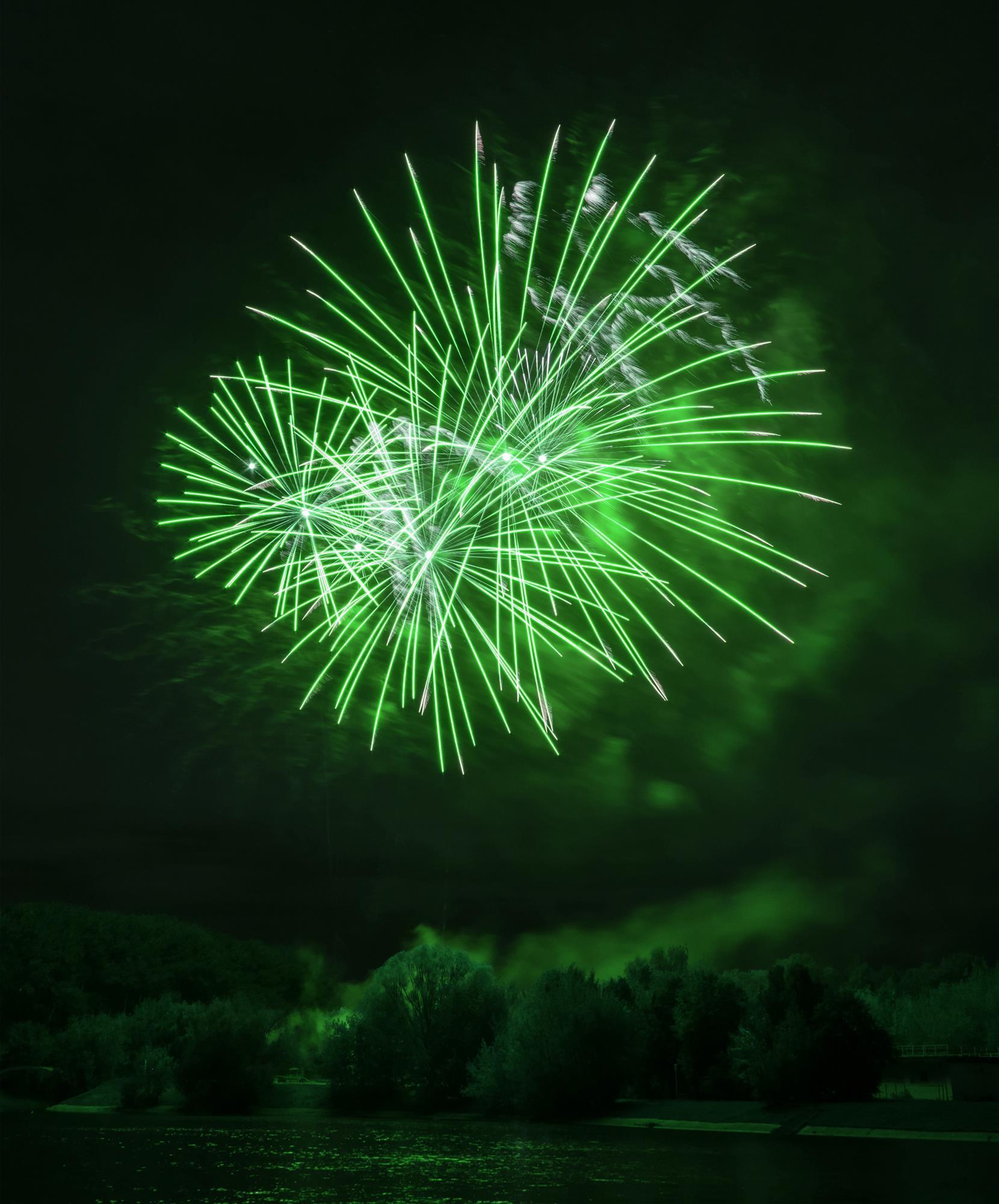 green fireworks ingredients - 747×900