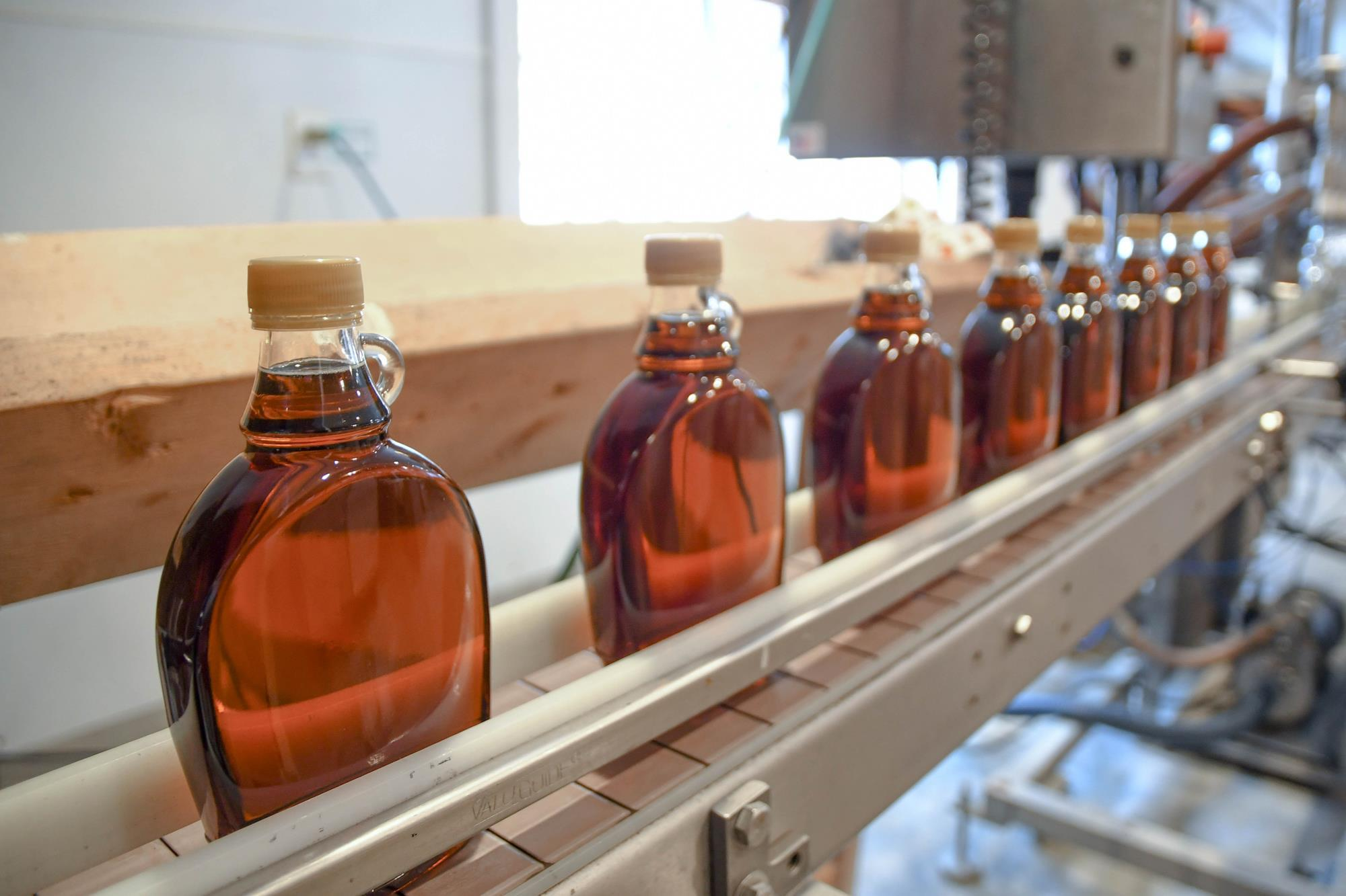 Sugar shack test set to flip procedure for maple syrup quality control thumbnail