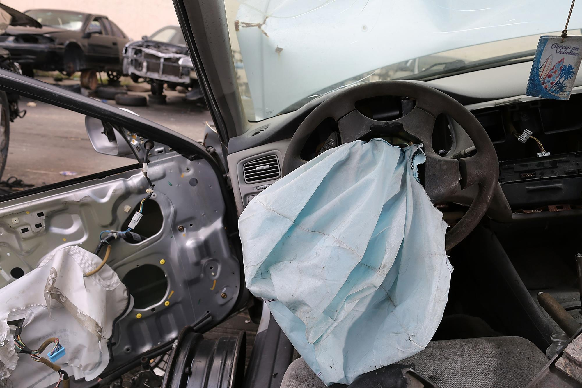 Auto Airbag Settlement >> Takata Settles With Us States Over Faulty Airbag Inflators