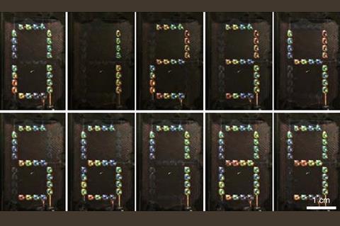 یک سری عکس که عدد 0 تا 9 را با پیکسل های چند رنگ نشان می دهد